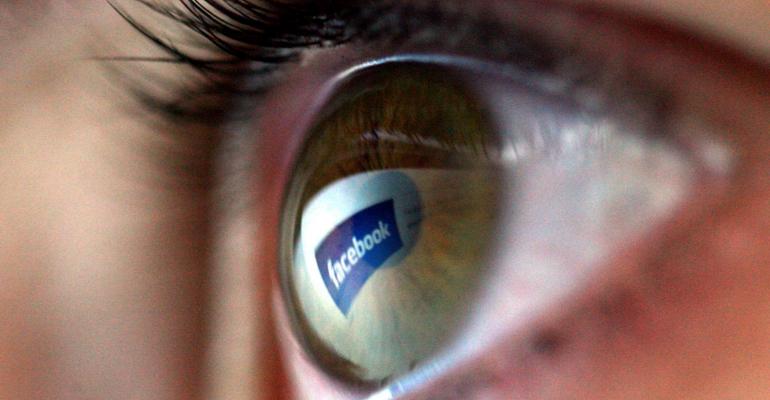 facebook occhio